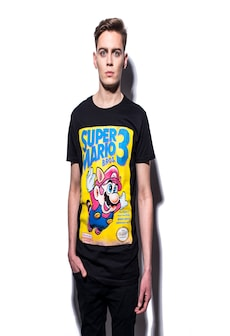 Image of NINTENDO: Super Mario Bros 3 Game Cover Men's T-Shirt L Black